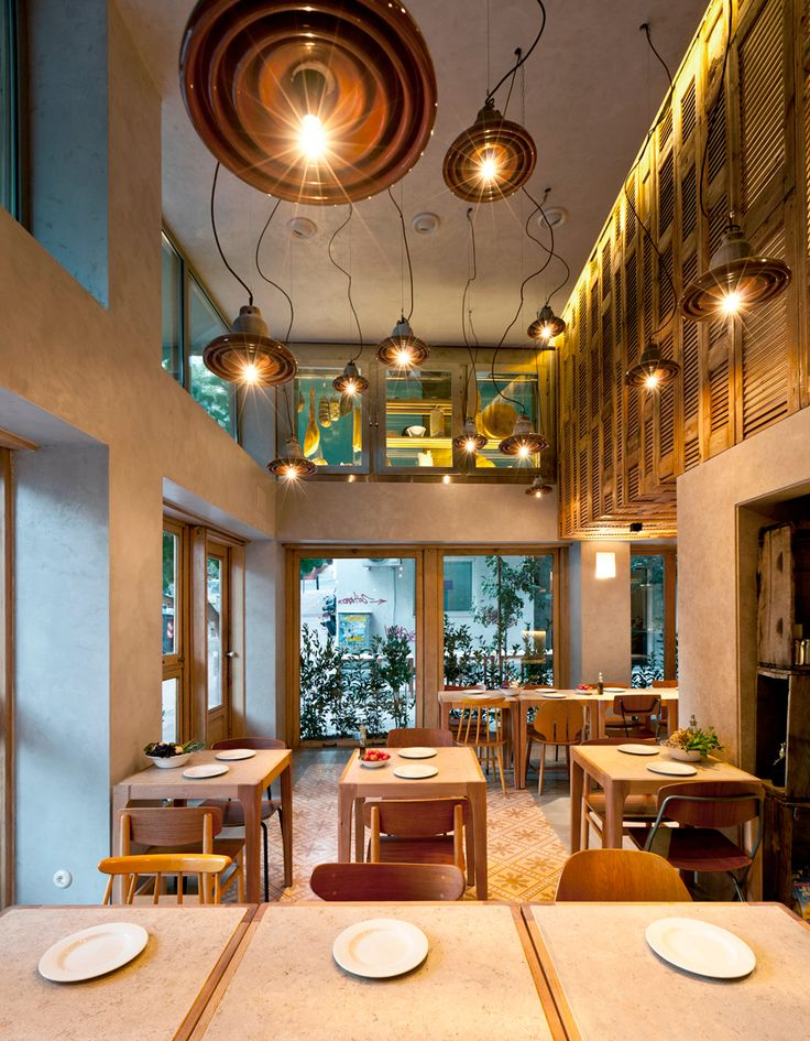 K-Studio ha sido el encargado del diseño de Capanna, una Pizzería Trattoria en Kolonaki, en el centro de Atenas.