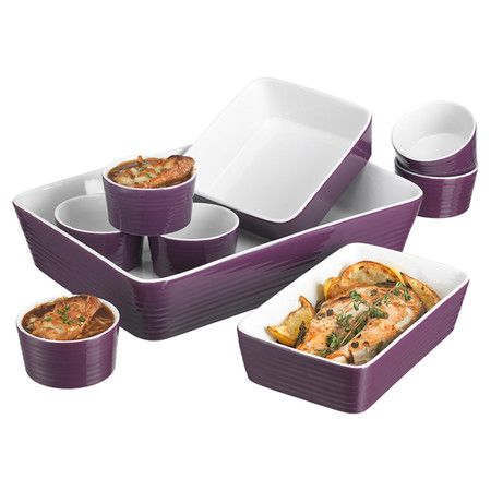 Essential for any home chef, this 9-piece ceramic baking set features 3 bakers and 6 ramekins.   Product: Large rectang...