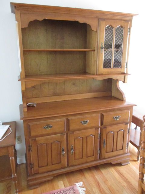 DINING HUTCH Estate sale from graceful Bell's Corners home – 70 Ridgefield Crescent, Ottawa ON. Sale will take place SUNDAY, May 24th 2015, from 9am to 2pm. Visit www.sellmystuffcanada.com for full sale description and photos of all available items! #70Ridgefield #SMSO