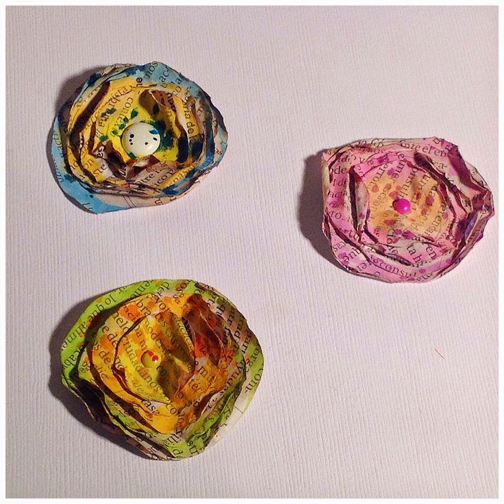 Tutorial: flores hechas con papel de periódico de la mano de Scraperalimonera #scrapbooking #tutorial #DIY