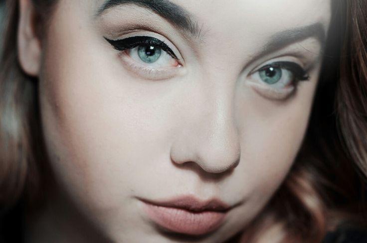Photo: #RYBAKphoto / model: Katarzyna Rybak #makeup #plussize  www.instagram.com/rybak.jpg www.Facebook.com/RYBAKphoto