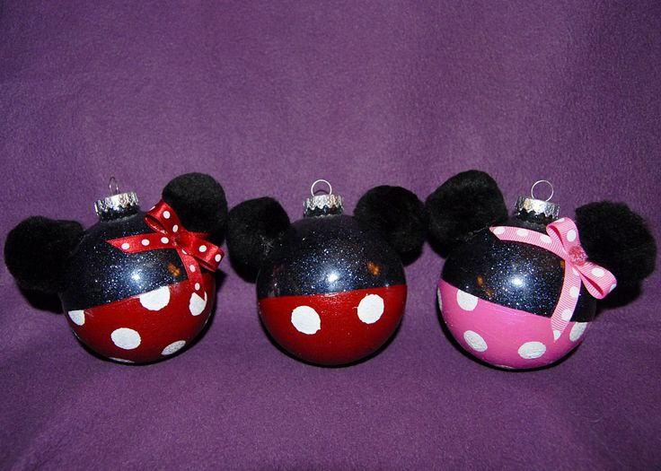 Hand Painted Mickey And Minnie Mouse Glass Ornaments. $10