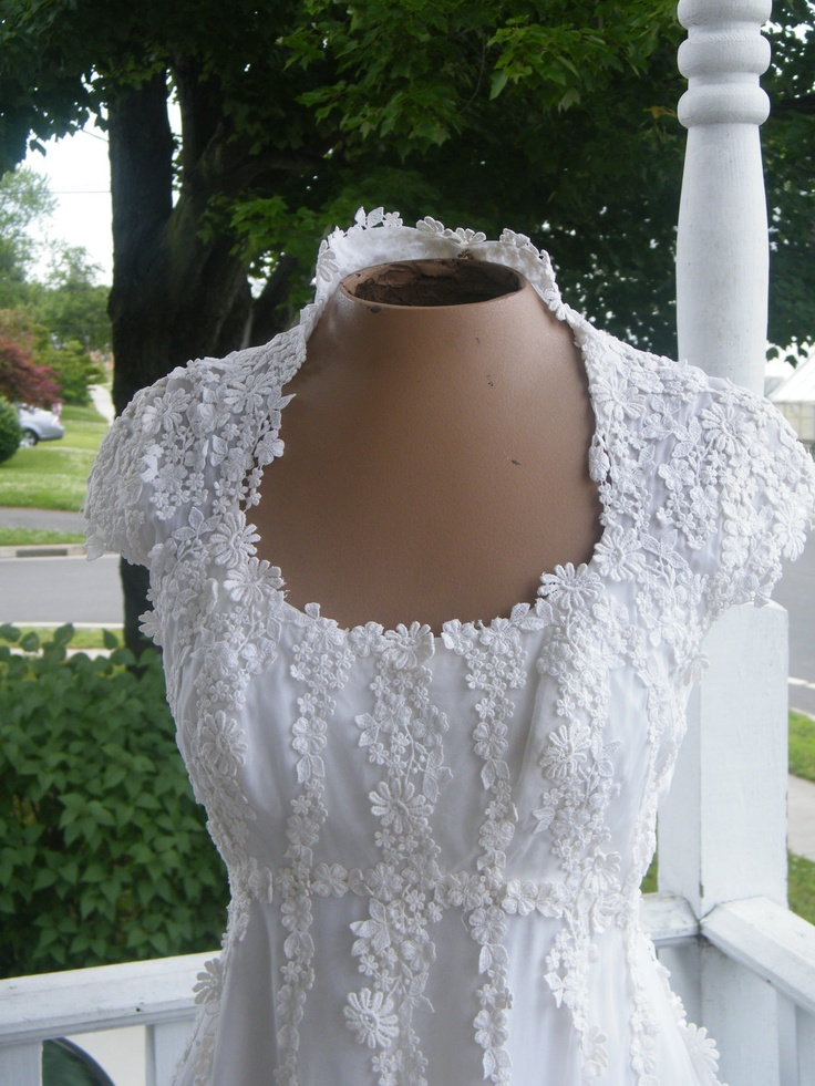 13 best Bianchi Wedding Gowns images on Pinterest   Homecoming ...