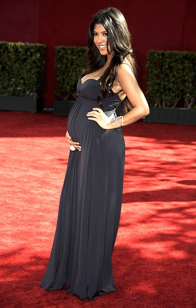 vestido de gravida para festa: Kourtney Kardashian, Maternity Fashion, Bridesmaid Dresses, Kourtney Maternity Style, Future Families, Future Baby, Fashion Trends, Be Pregnant, Bridesmaid Pregnant