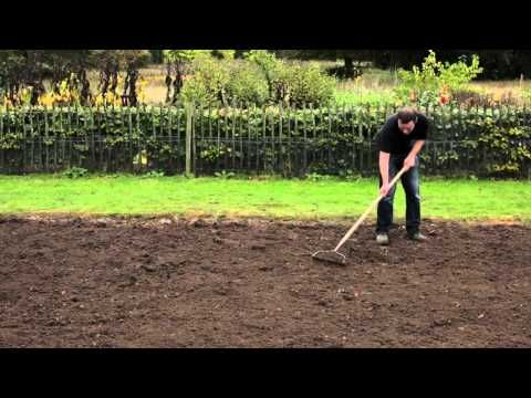 How to sow a new lawn - Gro-Sure - YouTube