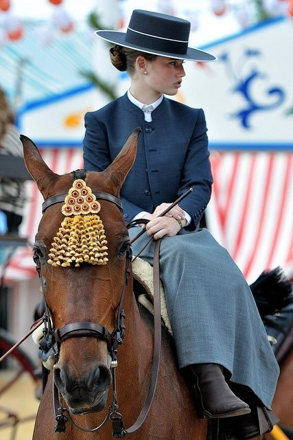 ~Spanish Feria (Festival) where horses and riders ... / Horsing Around