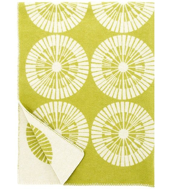 ASTERI, wool blanket by Finnish interior company Lapuan Kankurit. Design: Marja Rautiainen. Web shop.