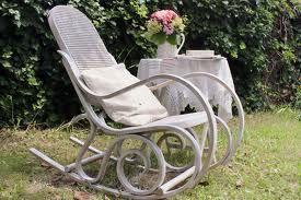 Sedie a dondolo - Cerca con Google - Top Home, il tuo negozio online. www.decorazioneon...