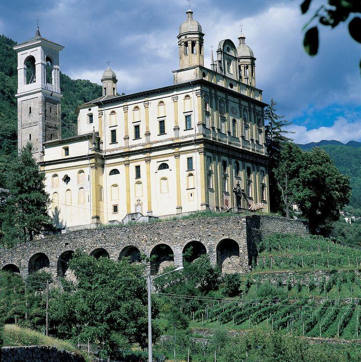 Santuario della Santa Casa di Loreto - Tresivio #Sondrio #valtellina #chiese #santuario