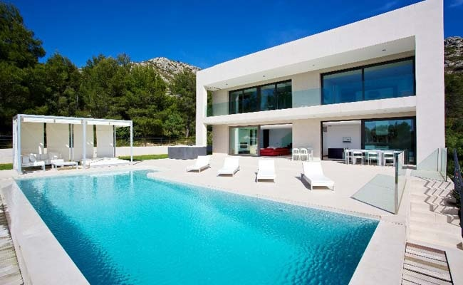 Contemporary Villa in Bonair, Mallorca
