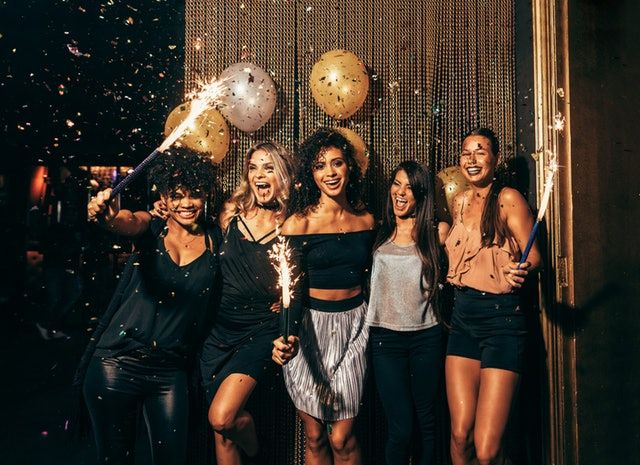 21 Magical Instagram Captions For Your New Year S Eve Fireworks Pics Party Photoshoot Birthday Photoshoot New Year Photoshoot