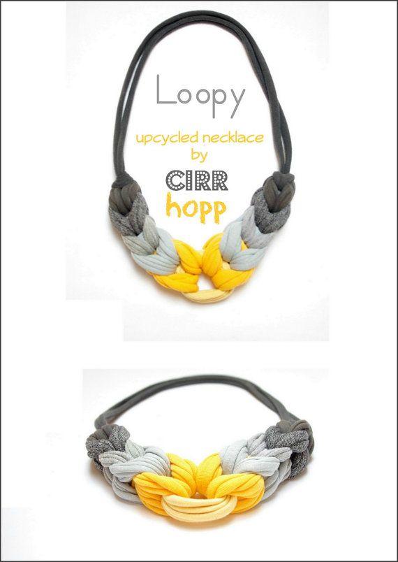 He encontrado este interesante anuncio de Etsy en https://www.etsy.com/es/listing/185381252/upcycled-loopy-fiber
