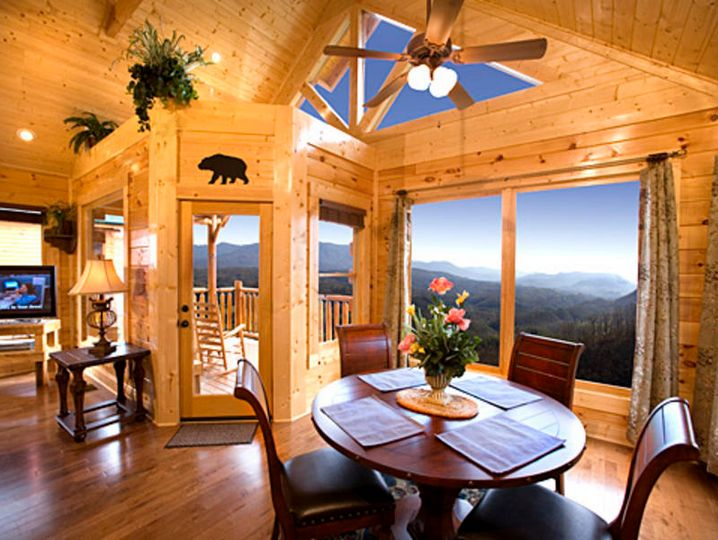 pigeon tennessee crossing the smokey bedroom moose cabin smoky creek in rentals mountains forge cabins