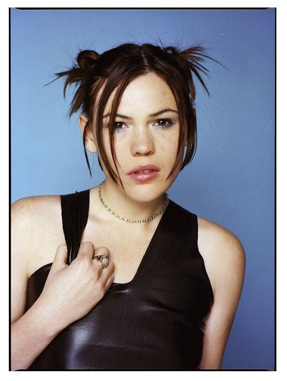 Clea Duvall Nude Photos 73