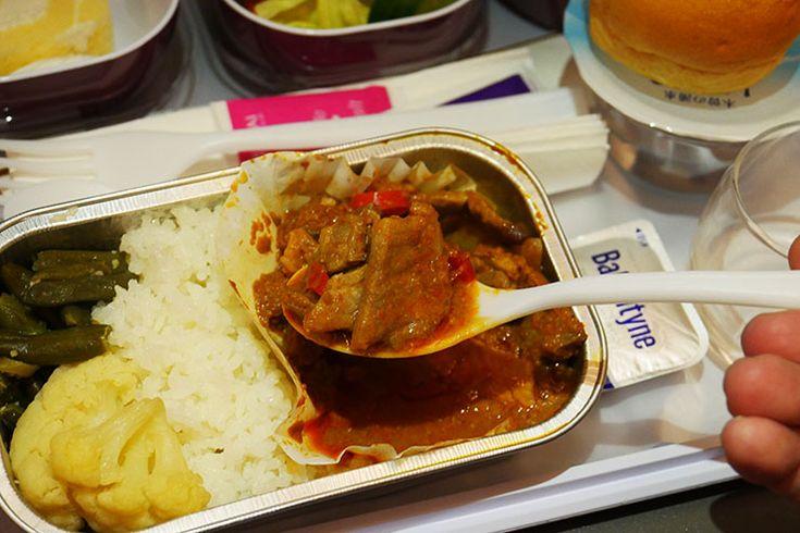 タイ国際航空の機内食ほど「本場の味を再現しているグルメ」はない / 飛行機に乗ればそこはタイランド