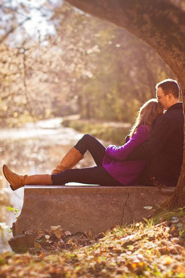 sweet wedding engagement photo ideas for fall