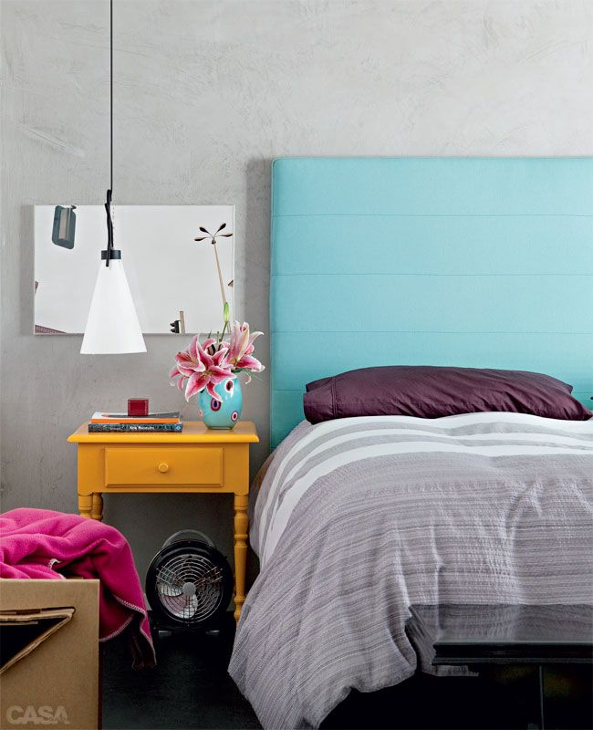 http://casa.abril.com.br/materia/casa-pequena-alugada-e-terrea-com-decoracao-descolada