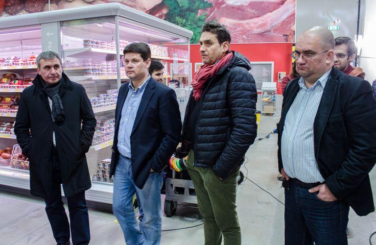 """Foto making-of """"Clubul Selgros - Pentru profesioniști și amatori. De bunătățuri."""" - Gheorghe Hagi, Alexandru Vlad, Lucian Georgescu  TVC: http://youtu.be/91K0EB8Kin4  Making-of: http://youtu.be/muQ3yO7IzKM"""
