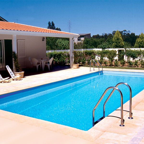Best 25 piscine acier ideas on pinterest cloture acier for Piscine acier octogonale