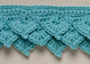 Crochet Shell Edging: Tiered Offset Shells in Rows