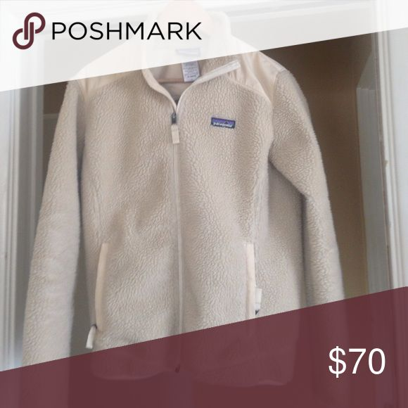 Women's Patagonia fleece jacket size Large Lightly used Patagonia zip up jacket. In great condition and super warm! Patagonia Jackets & Coats