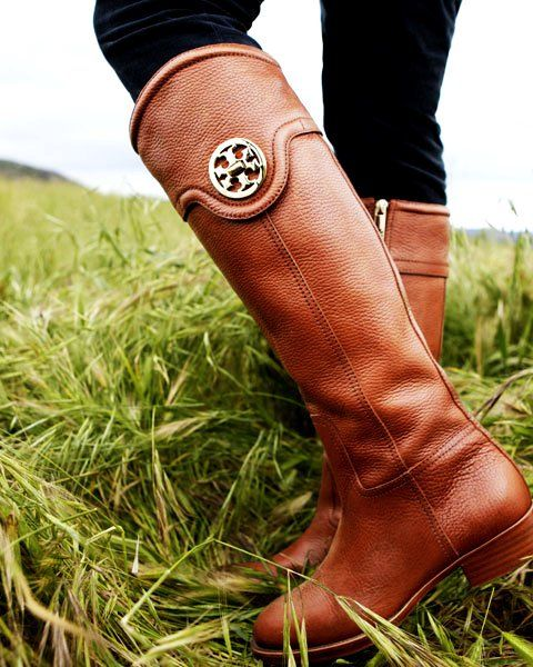 The Flat Leather Boot