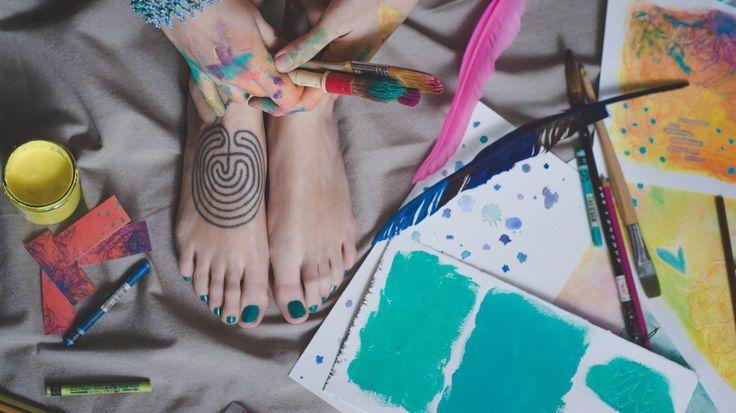 IL LABIRINTO E LA PAURA DI SBAGLIARE Perché anche se progetti, pianifichi, analizzi, la vita resta sempre piuttosto insondabile e imprevedibile. [e anche del perché ho un labirinto come tatuaggio sul piede]