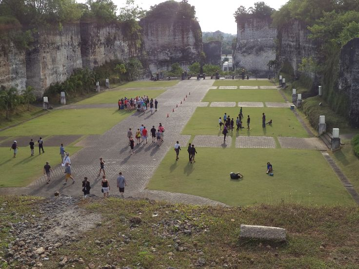 GWK! many high wall~And this is one of those places that is often used for movies at Ftv SCTV