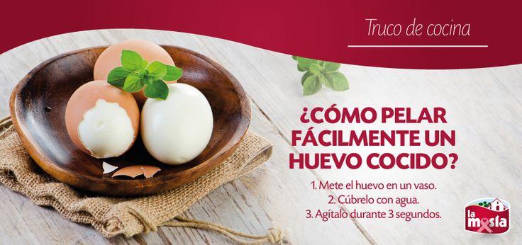 #Truco sensacional para pelar fácilmente un huevo cocido. Ideal si tienes que preparar muchos ;)