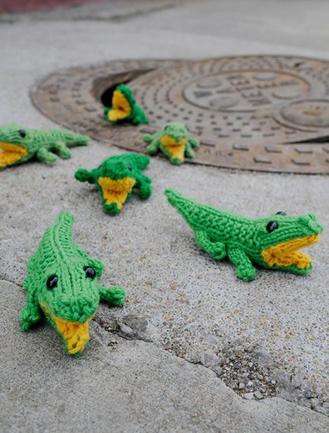 How-To: Knit Baby Gators