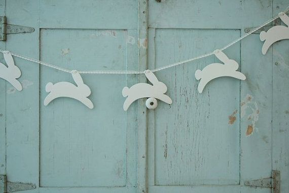 bunny bunting - LOVE hey @Mary Powers Powers Beth Rosebrough look what i found that someone pinned!!