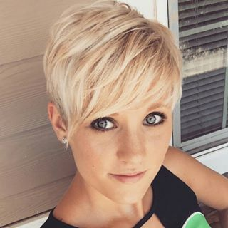 Awe Inspiring 1000 Ideas About Pixie Haircuts On Pinterest Pixie Cuts Short Hairstyles For Black Women Fulllsitofus