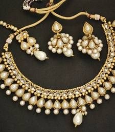 Pearl Necklace set with Maang Tikka & Jhumkaa shop online.