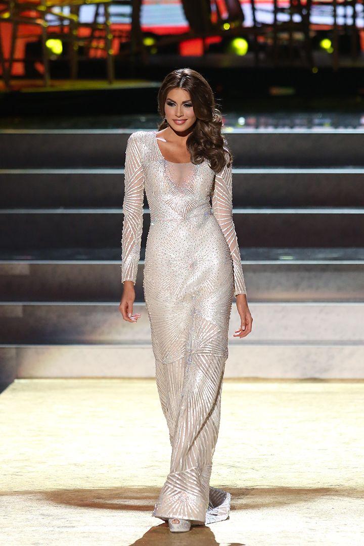 Beautiful Miss Universe dresses: Miss Venezuela