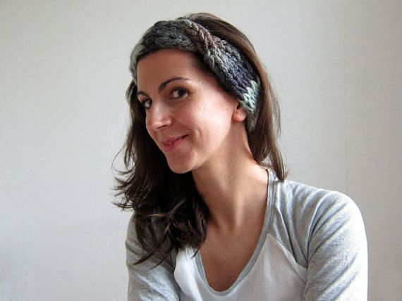 Hand Knitted Headband. Pure Wool. Mint by OkBee on Etsy, €22.00