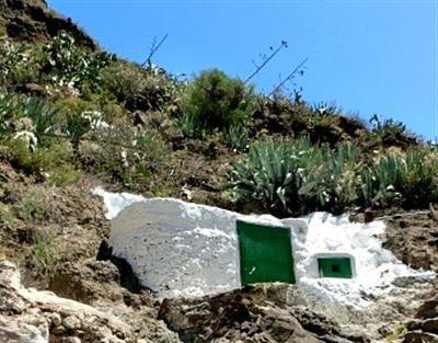 Barranco de Guayadeque cave house