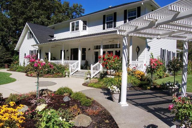Rogue River Property Management Rentals