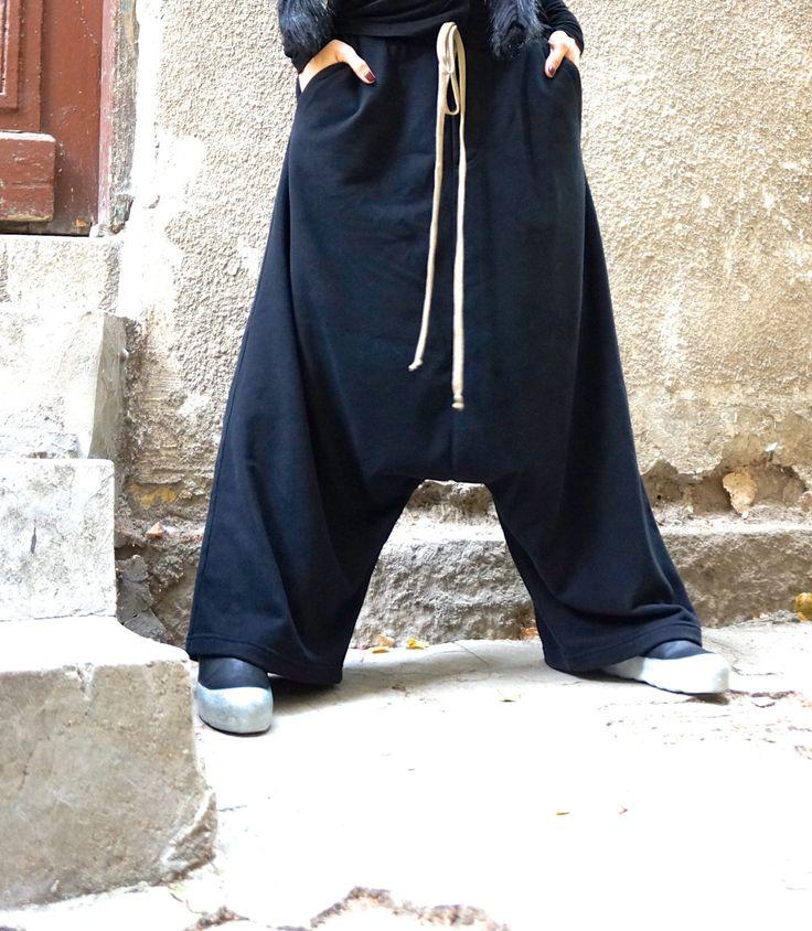NUOVO autunno inverno collezione cotone nero Harem Pants / cavallo sceso stravaganti pantaloni / laterale tasche pantaloni/Terry da AAKASHA A05527 francese di Aakasha su Etsy https://www.etsy.com/it/listing/485852221/nuovo-autunno-inverno-collezione-cotone