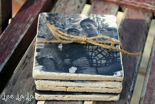 Photo tile coasters.Diy Coasters, Photos Coasters, Gift Ideas, Diy Gift, Photos Tile, Tile Coasters, Photo Coasters, Christmas Gift, Diy Photos