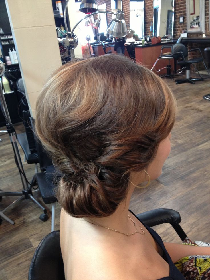 Beautiful side chignon Updo. Vintage inspired with modern twist. Great for bride or bridesmaid. Wedding hair bridal hair