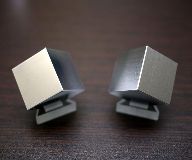 Desktop Tungsten & Aluminum Density Cube Set | DudeIWantThat.com