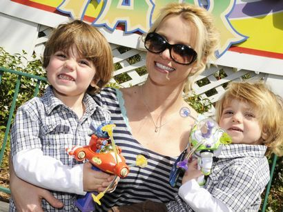Britney Spears (& Kevin Federline): Sean Preston & Jayden James