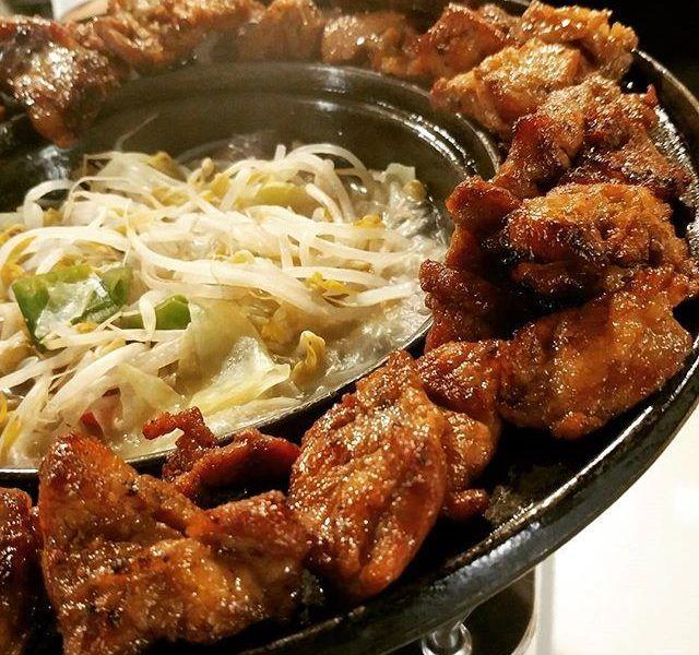 韓国に行ったら一度は食べたいのがやっぱりお肉料理♡ 美味しそうなお店が沢山あるので行った先で迷わない様にしておきたい! そんな方におススメしたいのが若者の町弘大(ホンデ)で食べられる激うま味付けカルビが人気のお店、 ■GOGO!Galbi(ゴーゴーカルビ)/고고갈비