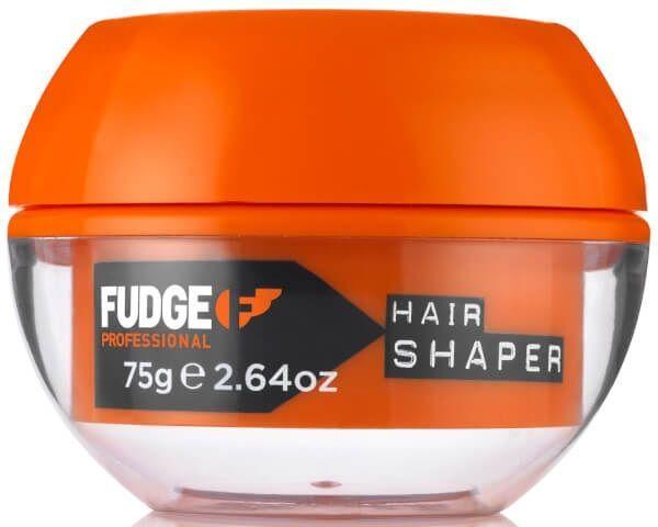 Fudge Hair Shaper 75gr  Description: Fudge Hair Shaper Fudge Hair Shaperis eenmatte modelleringscrèmemet desterke fixatieFactor 10.De Fudge Hair Shaperversterkt en verbetertde conditie van het haar tijdens het stylen. Het dringt diep door in de haarschacht met behulp vangehydroliseerde tarweproteïne. De hairshaper van Fudge is zelfséén van de best verkochte stylingsproductenvan de wereld. De naam vanFudge Hair Shaperzegt het al het is eenHair Shaperen geen haargel. Met eenHair Shaperkun je…
