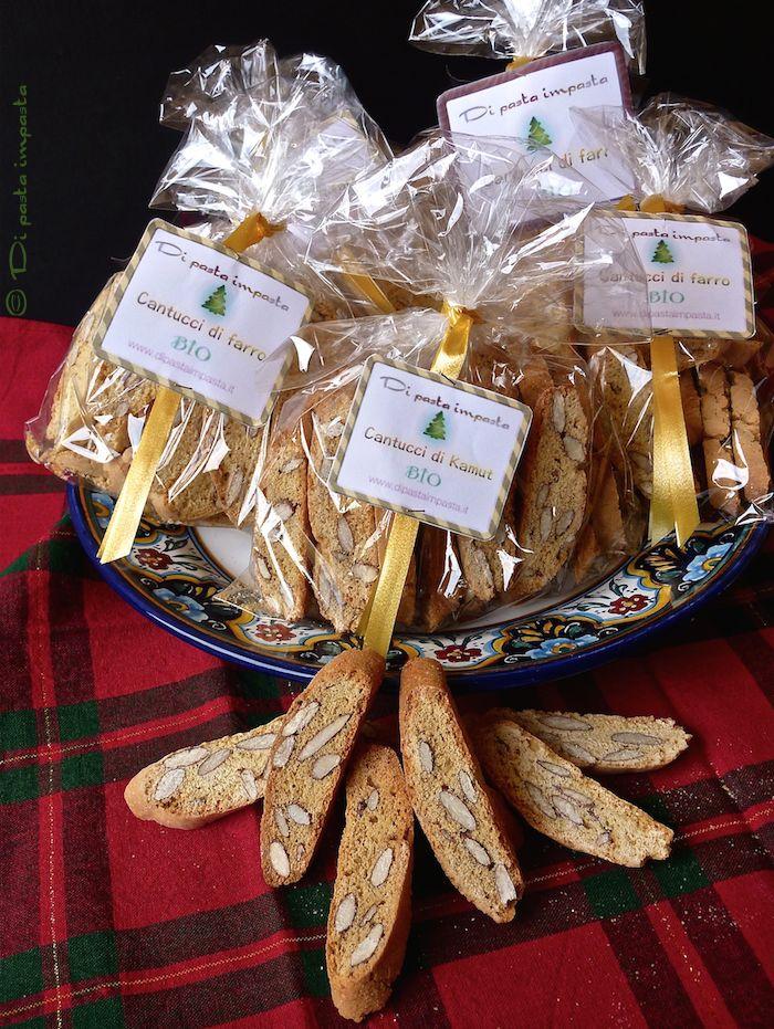 Di pasta impasta: Cantucci di farro e di kamut... Buon Natale!