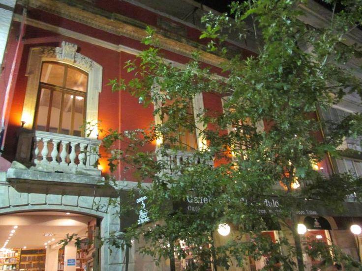 Librería El Péndulo / Ciudad de México