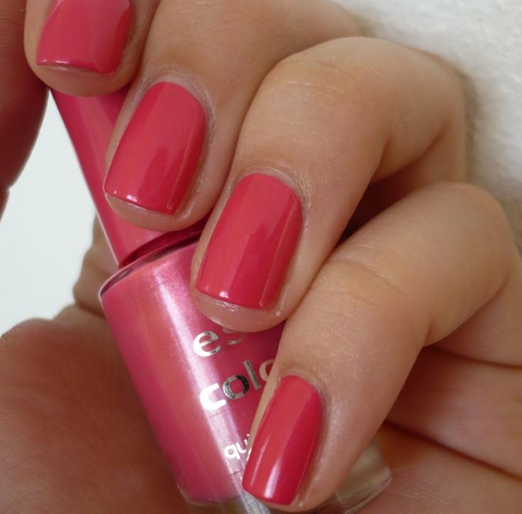 Essence - lak na nehty colour - 90 I want that!