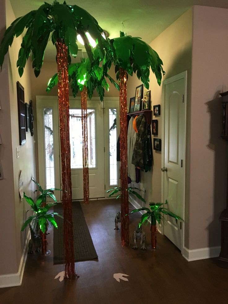 Hallway decor for Jurassic party