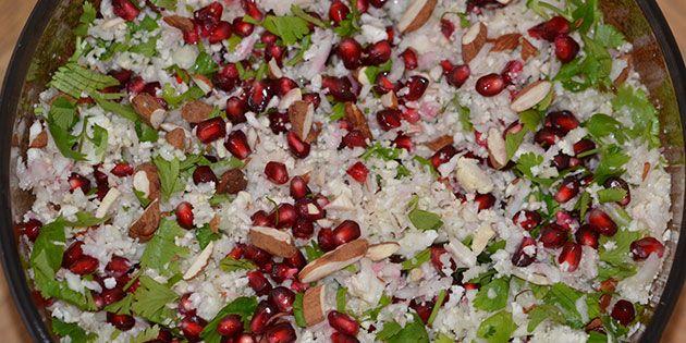 Blomkålssalat med granatæble