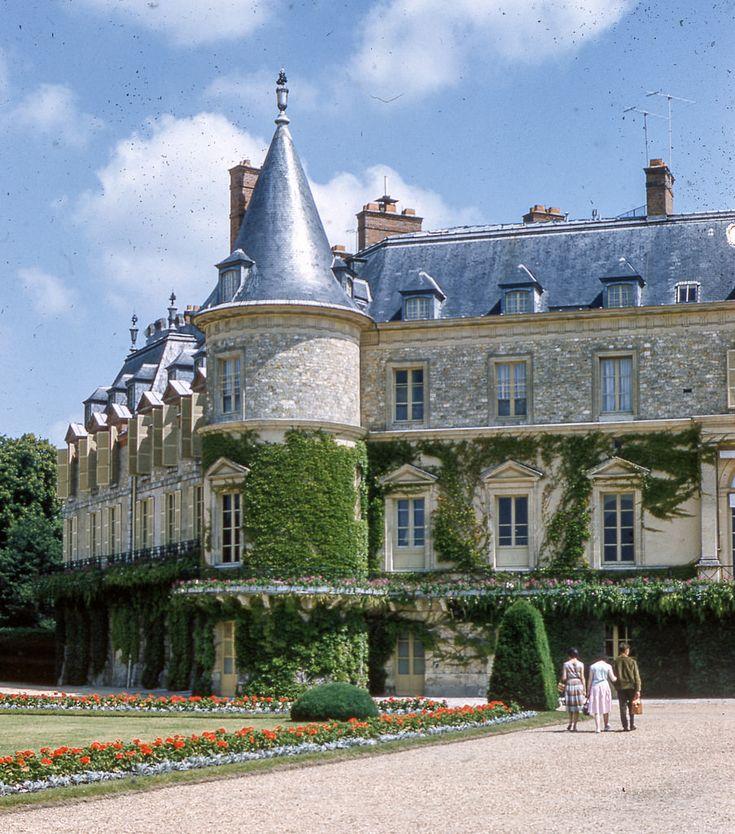 Château de Rambouillet in Île-de-France, June 19, 1960